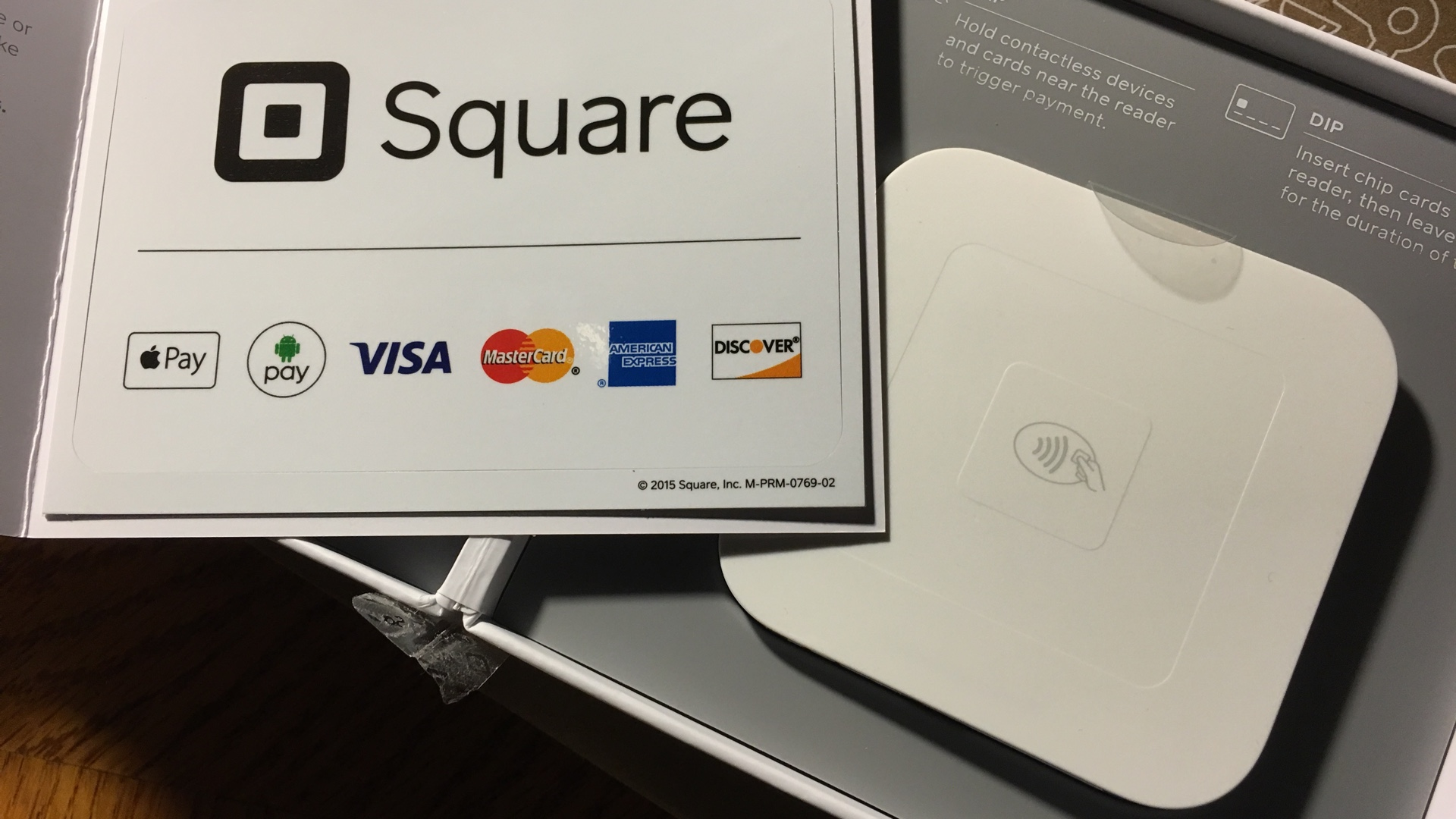Square Contactless and Chip Reader with Apple Pay
