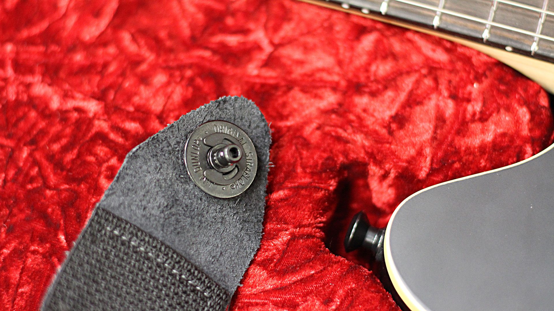 Dunlop Straplok on EVH Wolfgang Special Stealth
