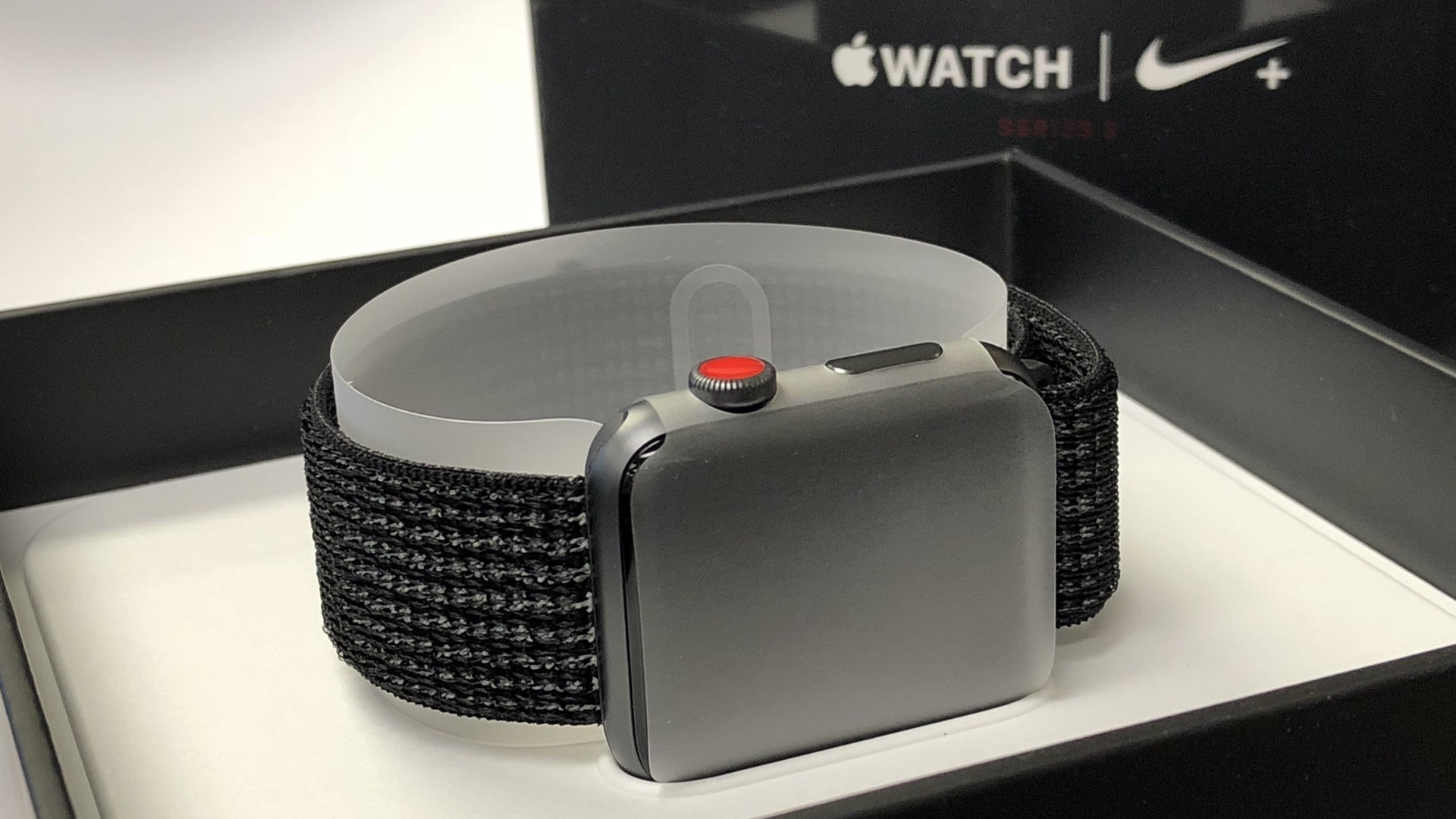 Apple Watch Series 3 Nike Cellular